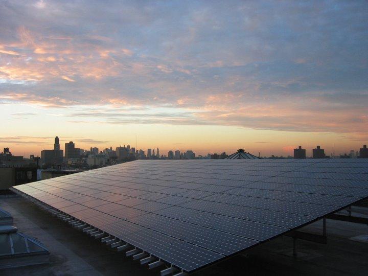 925 Bergen Street solar array