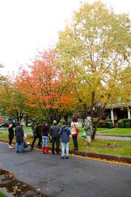 Fall Foliage Walking Tour (photo by Jason Reif)