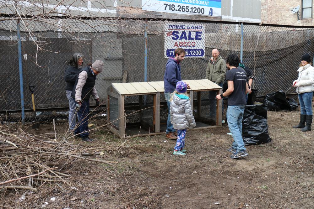 Q-Gardens-compost-bins